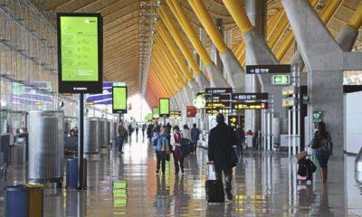 El transporte de pasajeros en los aeropuertos españoles cae un 84%