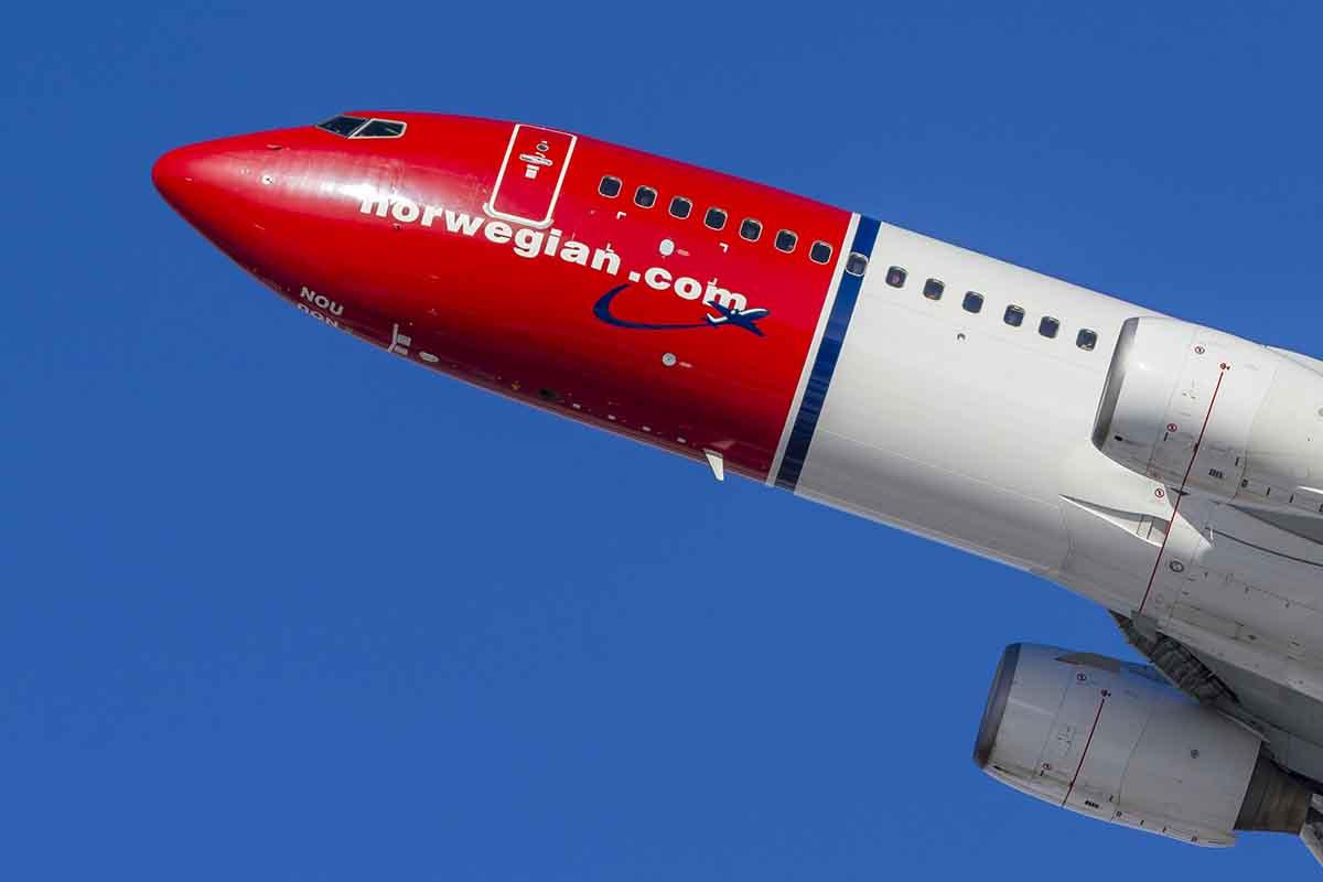 Los sindicatos SEPLA y USO logran reducir el impacto del ERE en Norwegian