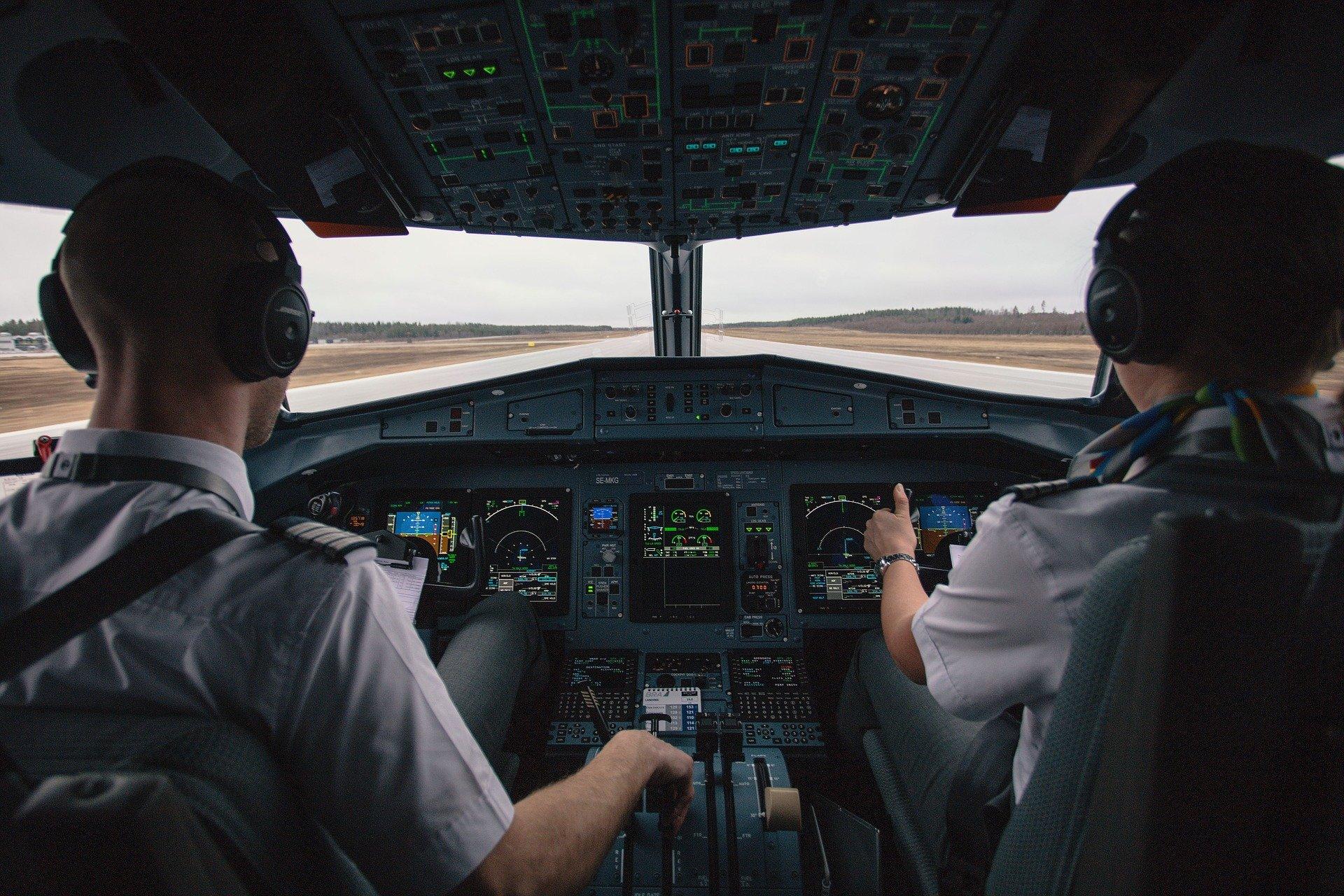 Las aerolíneas necesitarán entre 34.000 y 50.000 nuevos pilotos para paliar la escasez de profesionales